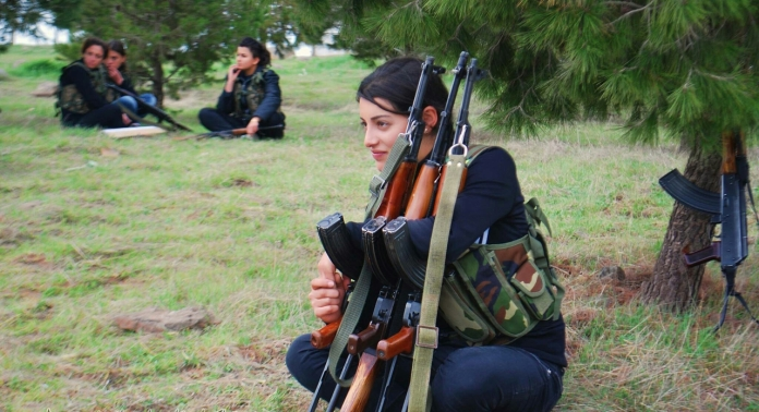 YPJ fighter with 3 guns